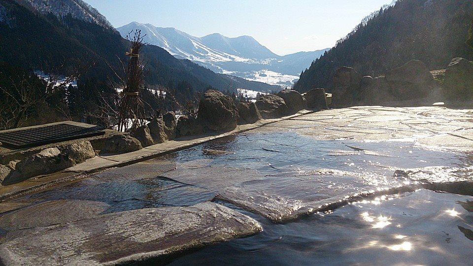 雪の馬曲温泉(まぐせおんせん)